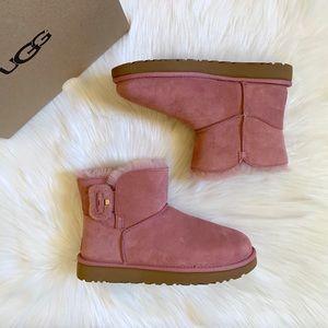 UGG Mini Bailey Fluff Buckle Boots